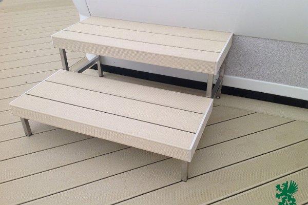 Fa-műanyag terasz- és lépcsőburkolat